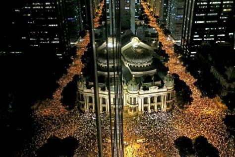 Demonstranten in Rio de Janeiro