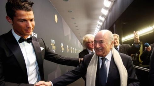 sepp-blatter-ronaldo-mistake-comparison-messi-better-player-golden-ball-fifa-president-gaffe