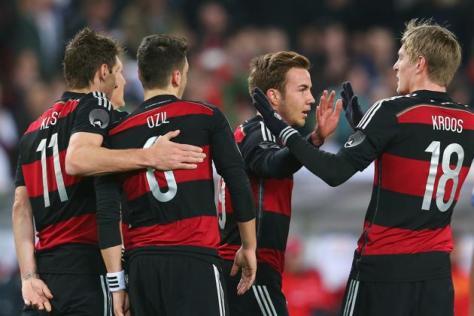 Vier redenen waarom jij deze zomer gaat genieten van Duitsland: Miroslav Klose, Mesut Özil, Mario Götze en Toni Kroos. Foto: yahoo.com