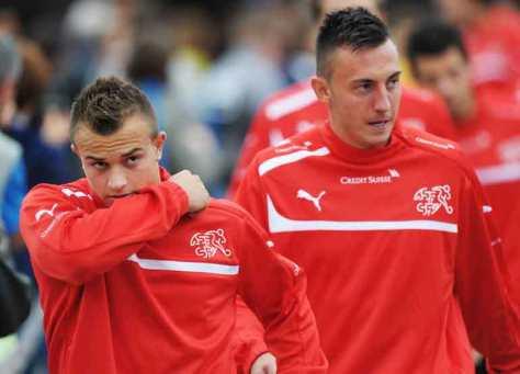 Xherdan Shaqiri en Josip Drmic, de twee grootste van de vele Zwitserse talenten. Foto: worldcupapp.net.